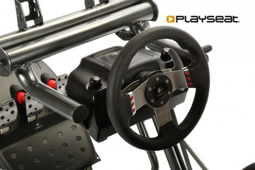 playseat_-sensation-8_1.jpg